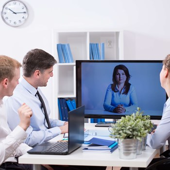 Hvordan integrerer man standard videosystemer med Skype for Business?